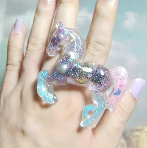 glitterringhorse
