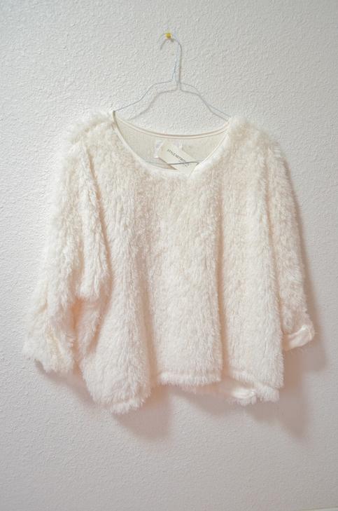 fauxfursweateritsvintage