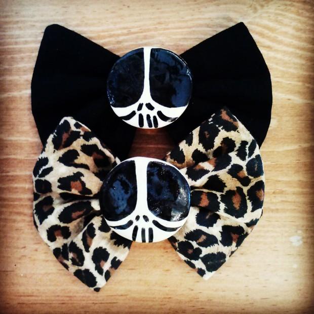 skull bows